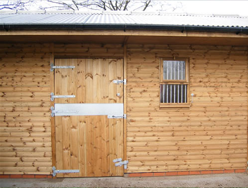 Timber stable manufacturer Yorkshire